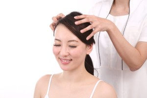 傷んだパサパサの髪の毛サラサラにする方法
