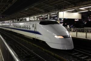 東京⇔大阪移動比較値段安い新幹線バス激安方法