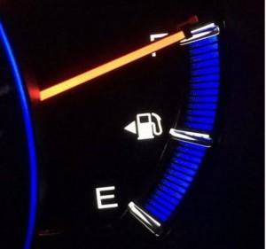 車給油口左右裏ワザ方法