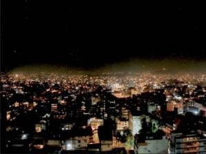 ダラハラ塔とは地震ネパール