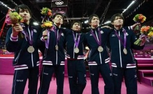 リオオリンピック五輪2016エンブレムメダルスタンドブーケ