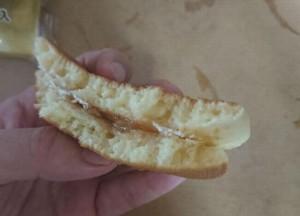 ふわふわホットケーキサンドりんごジャム&ホイップ5